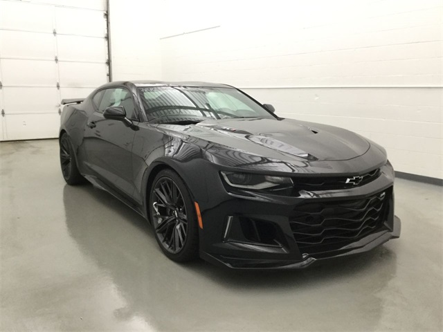 Pre Owned 2017 Chevrolet Camaro Zl1 2d Coupe In Waterbury 38465aq